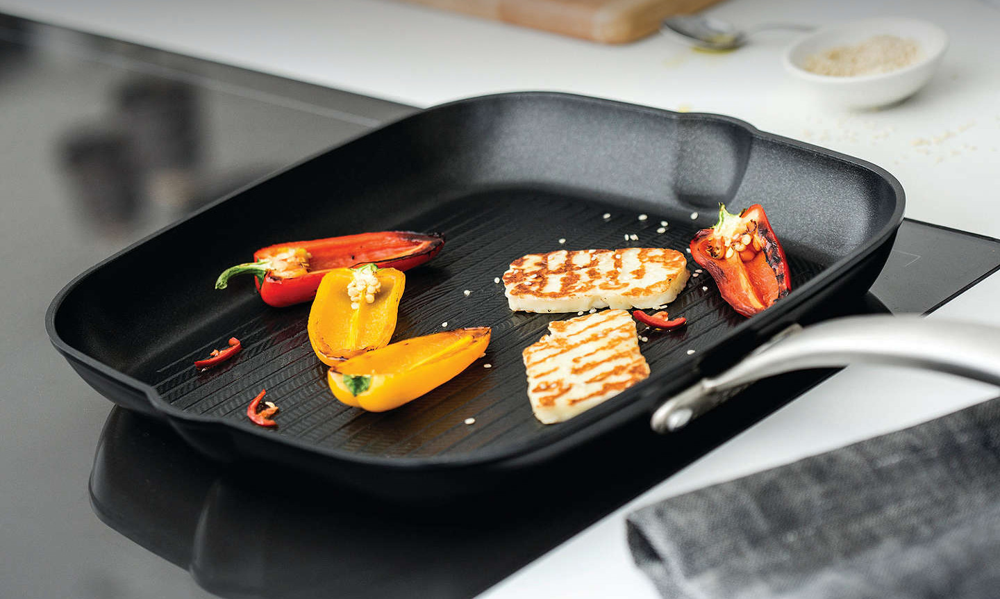 Pros and Cons of Grill Pans