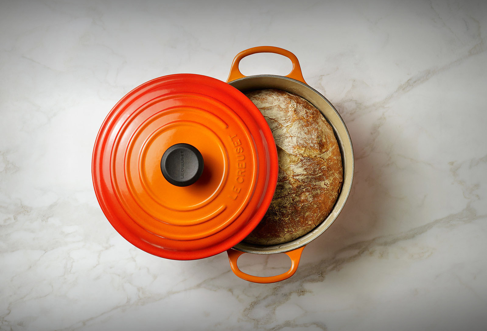 Le Creuset Signature Vs Clic What Is The Difference