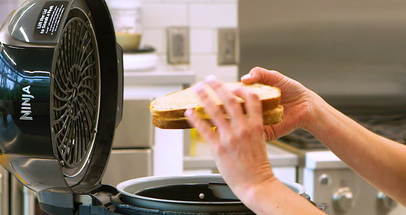 how to make grilled cheese in air fryer