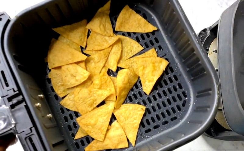 how to make tortilla chips in an air fryer